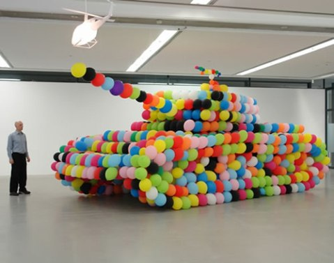 balloon-tank-hans-hemmert.jpg